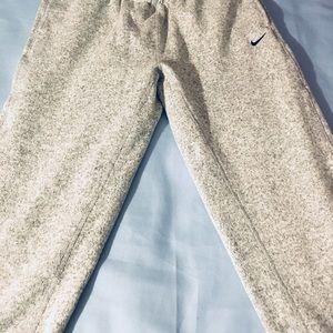 watch d951c 45683 Nike Pants - Nike Women s Hypernatural Fleece Training Pants M